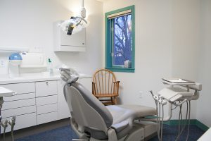 Dental Chair w/ Window